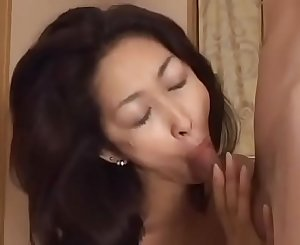 Asian Japanese Mom gets hot Fuck and Jism