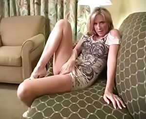 Naughty Mommy Wants Your Load